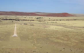 Sossusvlei – where to stay for pilots in Namibia, Bild 1/3